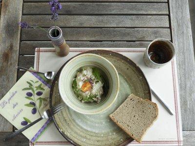 Holzbrand, Geschirr – Dinnerware
